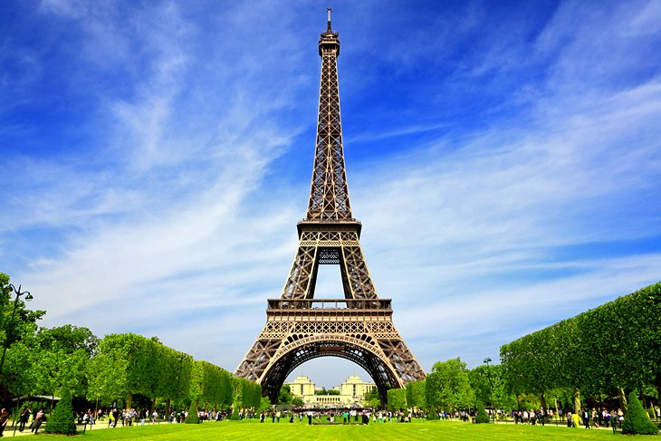 This image has an empty alt attribute; its file name is france-paris-eiffel-tower.jpg